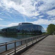 A la découverte du Quartier Européen de Strasbourg (en allemand)