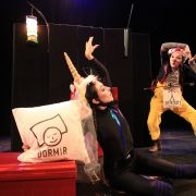 Le bestiaire des sœurs Lampions : spectacle sensoriel en makaton par la Compagnie Les Soeurs Lampions