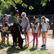 Cirk\'en Rue : balades à poney