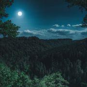 Balade contée nocturne : l\'oeil de la sorcière