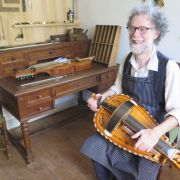 Atelier d'artisan - lutherie