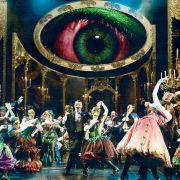 Bal de Halloween costumé à l\'Opéra