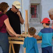Jeux en bois surdimensionnés aux ateliers de la Seigneurie