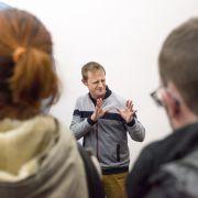 Visite inclusive transcrite en langue des signes française