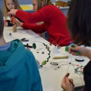 Atelier parent-enfant l Lutins en fil de fer