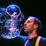 Bulles et musique : jonglerie musicale et poétique