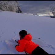 Exploration montagnarde sur la piste des animaux pour parents et enfants.