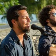 Musique latine avec le groupe Del Aguila y Amigos