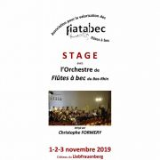 Stage pour orchestre de flûtes à bec