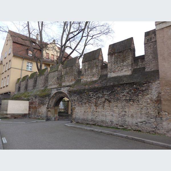 Des romains vauban strasbourg fortifi e visite - Office tourisme strasbourg visites guidees ...