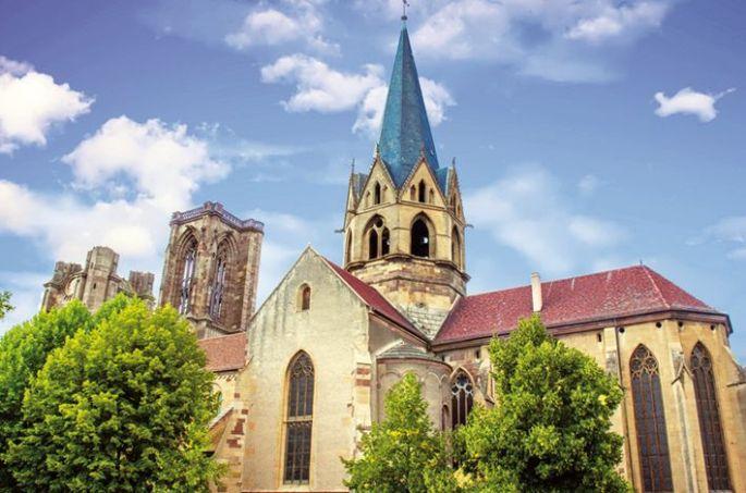L\'Eglise Notre-Dame-de-l\'Assomption au coeur de Rouffach