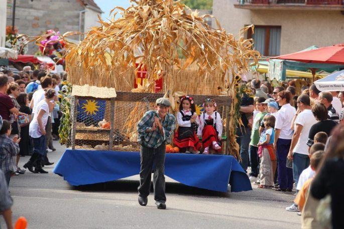 Les fêtes de village vont en attirer du monde, comme ici la fête paysanne de Houssen !