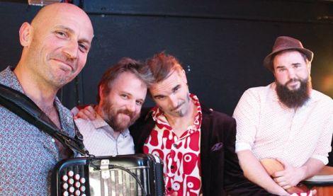 Hubert, Paulo et les deux frères Julien et Olivier travaillent leur(s) prochain(s) spectacle(s)