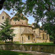 Les recherches sur l'ancienne abbatiale d'Ottmarsheim et sur le bourg