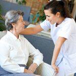 Infirmières et auxilliaires de vie peuvent se rendre chez nos aînés pour les assister au quotidien
