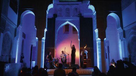 Ariana Vafadari chante Gathas