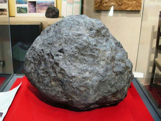 La météorite tombée à Ensisheim en 1492