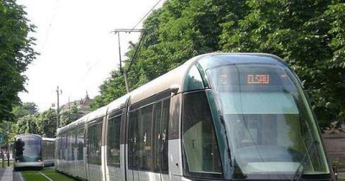 Arr t colonne tram de strasbourg horaire tarif carte for Maison de l emploi strasbourg