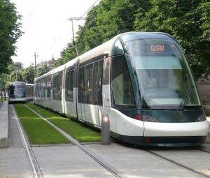 Arrêt Place d\'Islande - Tram de Strasbourg