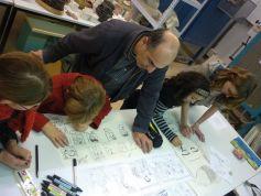 Les enfants apprennent à mettre des images sur des mots dans l\'atelier B.D, à l\'Espace 110 à Illzach