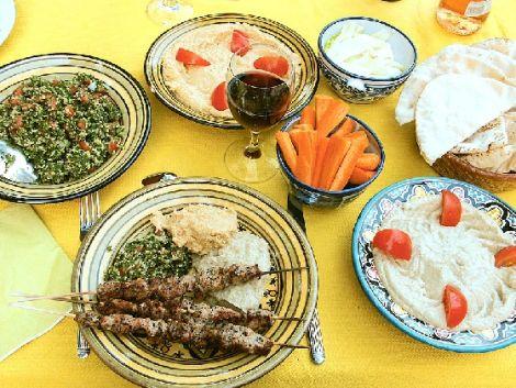 Barbecue libanais : brochettes de viandes