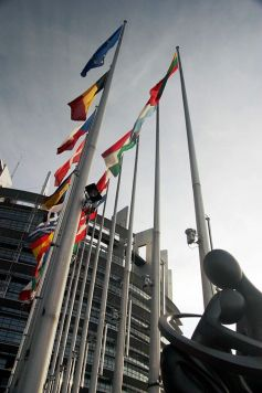 L\'immense bâtiment Louise Weiss abrite les députés européens depuis 1999