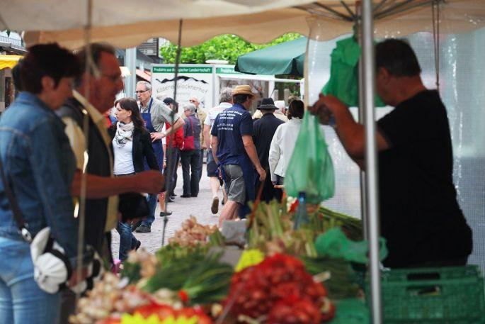 Les producteurs français et allemands se retrouvent à Neuenburg