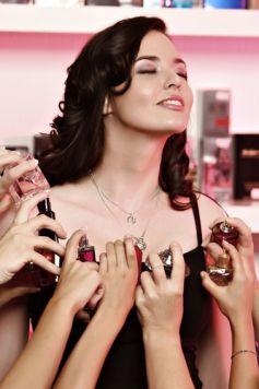 Le parfum est plus qu\'un cosmétique pour certains, c\'est même une passion !