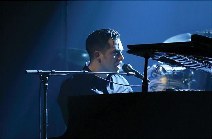 Ben Toury joue du piano en public depuis ses 11 ans