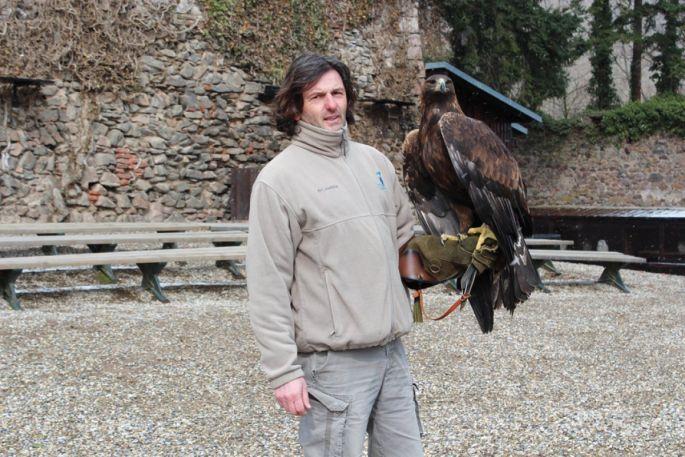Benoit Humler en compagnie d\'un agile royal