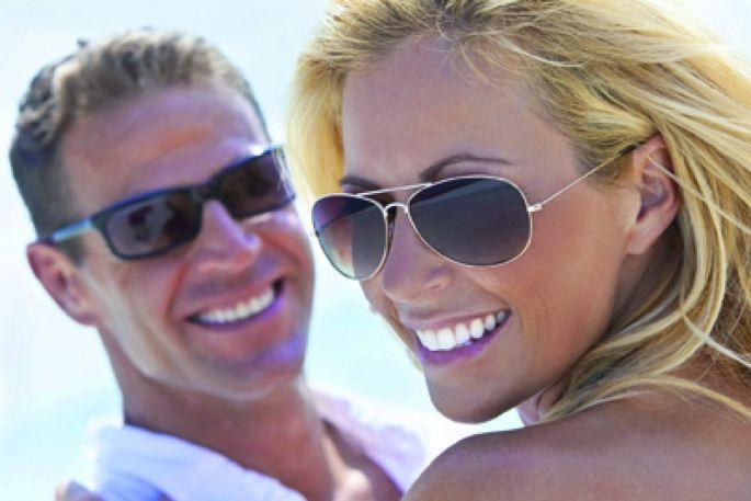 Bien choisir ses lunettes de soleil   catégorie, couleur, monture e924a7a01a27