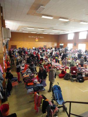 La Bourse aux vêtements enfants et jouets attire de nombreux amateurs de petits prix à Schleithal