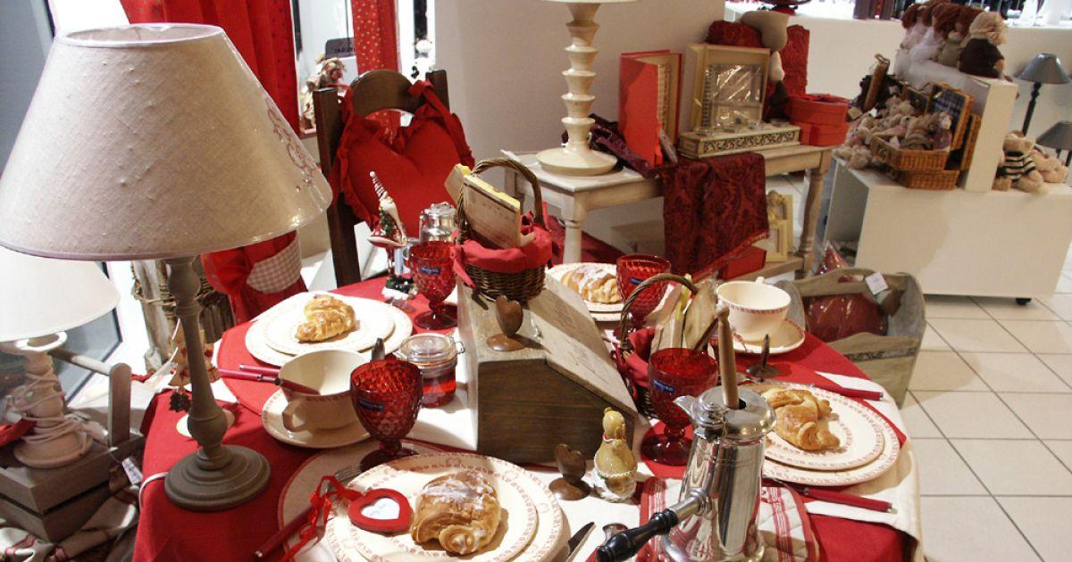 Boutique huber mulhouse cuisine jouets d coration d co arts de table magasin haut rhin luminaires - La table de louise colmar ...