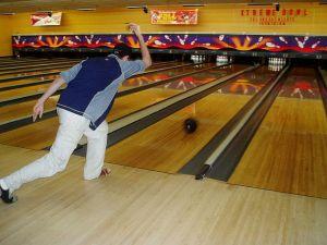 Le bowling est un sport convivial, que l\'on pratiquer seul comme à plusieurs en Alsace.
