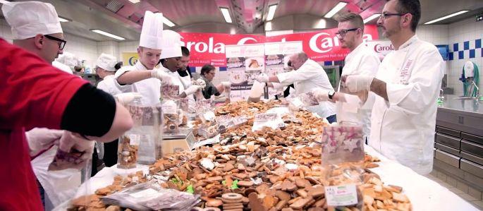 Plusieurs centaines de kilos de bredeles pour ce challenge made in Carola