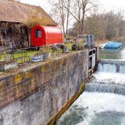 Longer le canal à vélo entre Colmar et Artzenheim