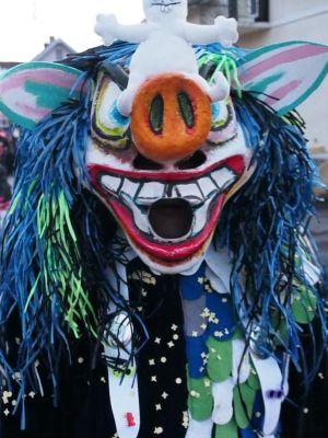Défilé dans les rues pour le Carnaval de Kembs