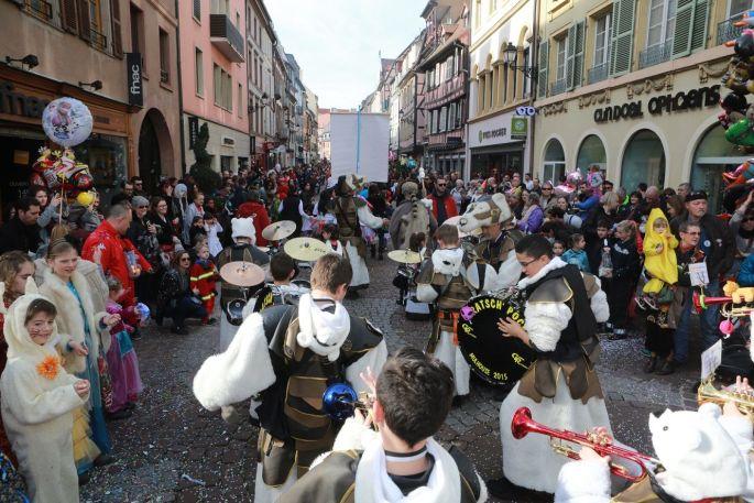 Le carnaval bat son plein dans les rues de Colmar !