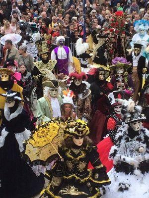 Ambiance vénitienne au Carnaval de Verdun !