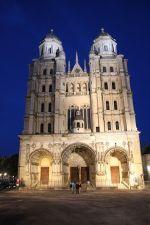 La Cathédrale de Dijon et ses deux hautes tours