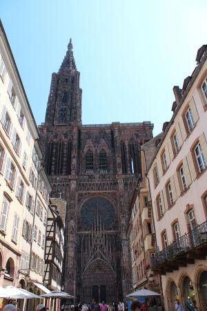 La Cathédrale de Strasbourg vue de la rue Mercière