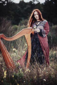 Cécile Corbel, la harpiste bretonne, donnera un concert le jeudi 3 novembre à l\'auditorium du Conservatoire