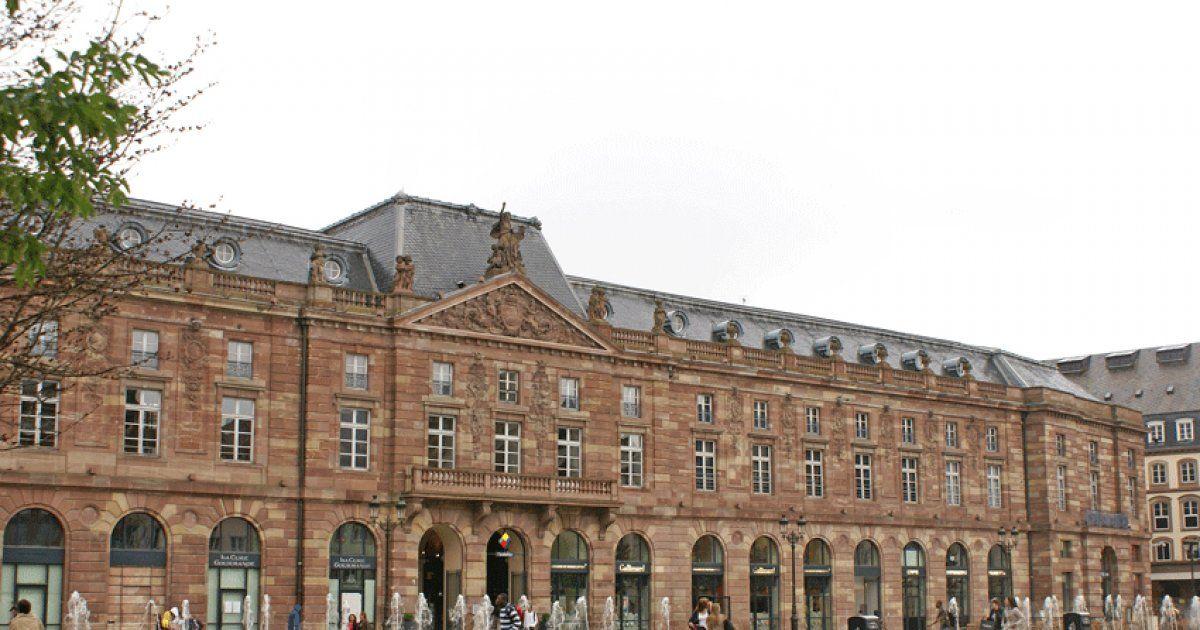 L 39 aubette strasbourg centre commercial et patrimoine historique jds - Centre commercial rivetoile strasbourg ...