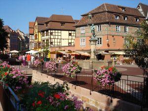 <p>La Place de l\'Ancienne Douane, Colmar - Photo G. Wurth</p>