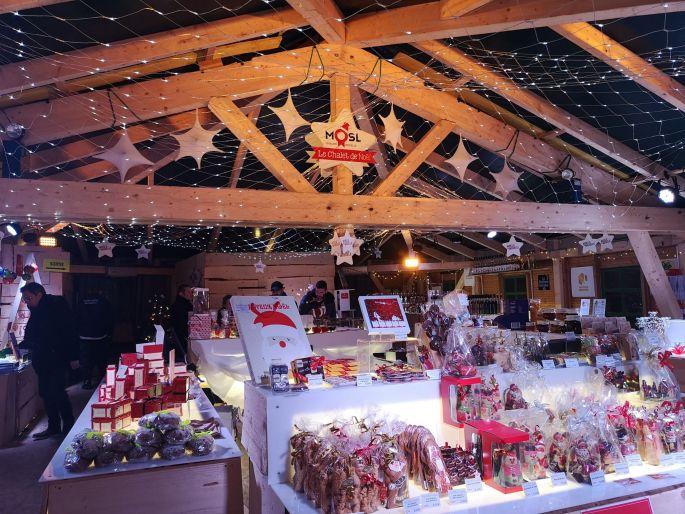 Les chalets du village de Noël de Metz sont bien remplis !