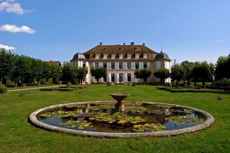 La façade et le parc du Château de Kolbsheim