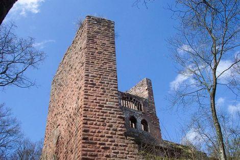 Bien qu\'ancien et abandonné, le château de Wasenbourg possède encore de beaux atouts
