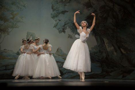 Chopiniana du Yacobson Ballet