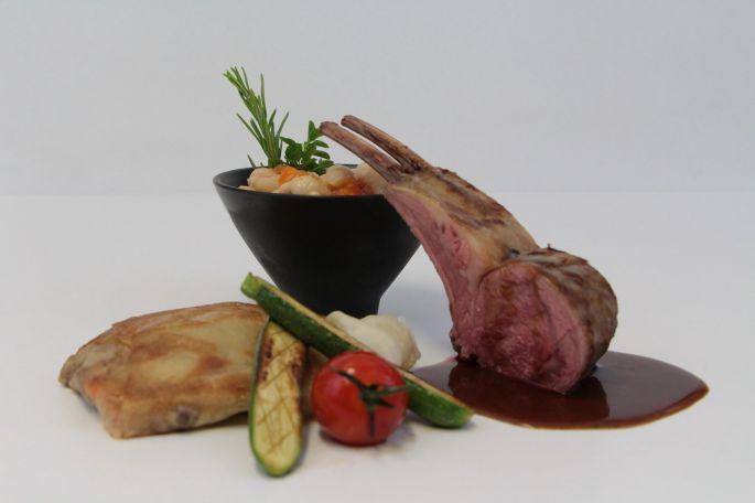 Un plat élégant et appétissant réalisé par le chef à domicile Christophe Richart