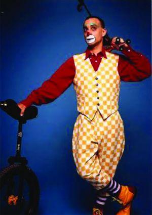 Un clown va animer la Cour des Maréchaux